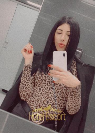 Cute Escort Cleo Selfie