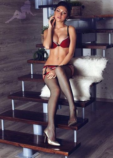 Denisa - Spanish Hotel Escort in Amsterdam